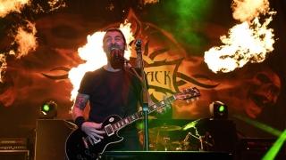 Tragedie în trupa Godsmack! Turneul european, amânat! Vezi când ajung la Bucureşti!