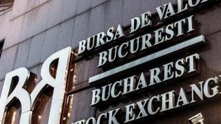 Bursa încetinește ușor, în așteptarea Crăciunului