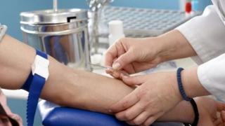 Ce se va întâmpla cu pacienţii aflaţi sub tratamentul interferon free?