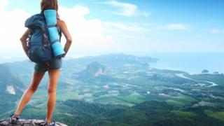 66% dintre noi călătorim în afara țării cel puțin o dată pe an