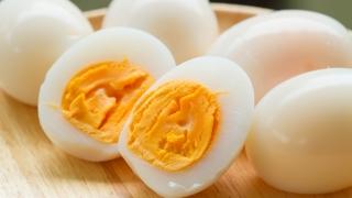 Trebuie să consumaţi un ou pe zi, spun specialiştii! Vezi de ce