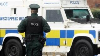 Poliţia britanică se pregăteşte pentru tulburări în Irlanda de Nord