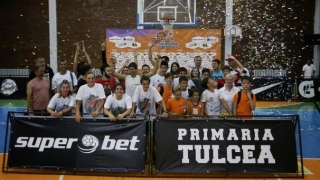 Echipa Autohtonii a câştigat turneul de baschet 3x3 de la Tulcea
