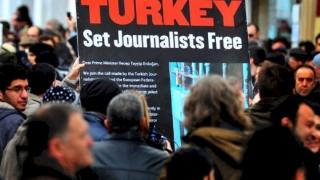 Erdogan continuă represaliile: Noi arestări în rândurile ziariștilor!