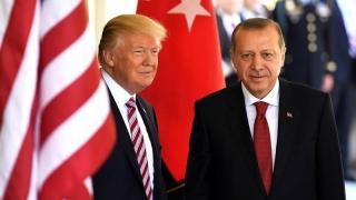 """Turcia şi SUA: """"Stabilitatea regională"""", la telefon"""