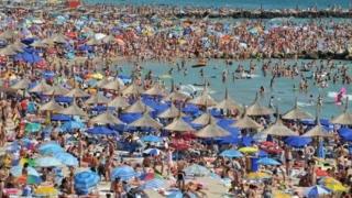 Numărul turiştilor sosiţi în judeţul Constanţa în perioada ianuarie-iunie 2021 a fost cu aproape 50% mai mare față de perioada similară a anului trecut