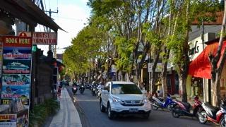 Sute de turiști, blocați în insula indoneziană Bali