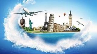 Turiştii preferă vânzările online. Agenţiile de turism tradiţionale vor dispărea