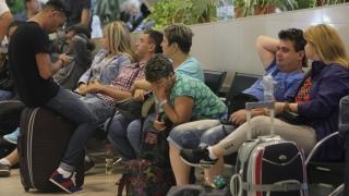 Sute de persoane vor să dea în judecată Omnia Turism şi Ministerul Turismului