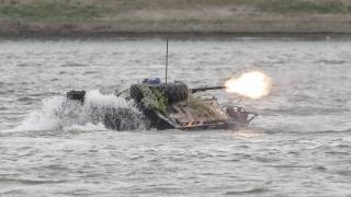 TAB scufundat în Dunăre, în timpul exercițiului Saber Guardian