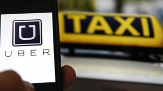 Șoferii Uber conduc cu amenda deasupra capului