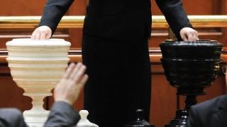 UDMR nu va vota moţiunea de cenzură împotriva Guvernului Dăncilă