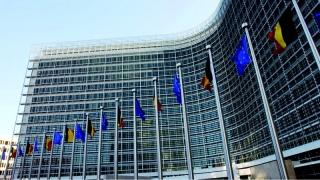 UE adoptă măsuri pentru restricționarea accesului civililor la armele de foc
