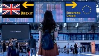Peste 435.000 de români au solicitat rezidenţă în Marea Britanie şi după Brexit