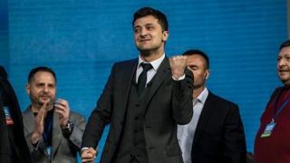 Un actor, noul preşedinte al Ucrainei! UE se bucură! Rusia, la fel!