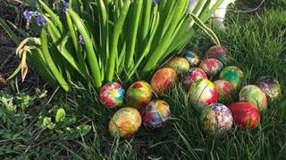 Cei mai mulţi români vor sta acasă în minivacanţa de Paşte şi 1 Mai