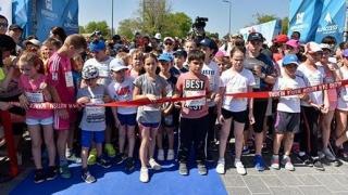 """Un eveniment emoţionant! Copiii aleargă la """"Autism 24h Marea Neagră"""""""