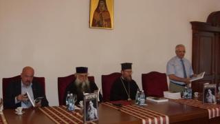Universitar constănţean şi directorul MMR, la Mănăstirea Dintr-un Lemn