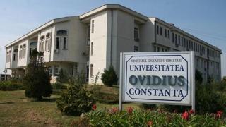 """Universitatea """"Ovidius"""": """"Coasem Basarabia înapoi la trupul României""""!"""