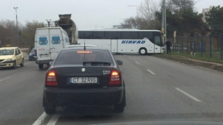 Un autocar fără șofer a produs un accident bizar în Constanța!