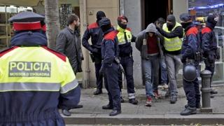 Un nou atac la Barcelona. Sute de persoane, evacuate