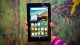 Utilizarea constantă a dispozitivelor tehnologice poate duce la un comportament obsesiv