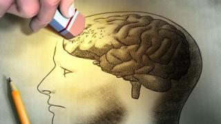 Speranțe pentru cei cu Alzheimer. Un vaccin ar putea fi testat în curând