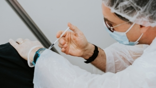 Doar 8.063 persoane vaccinate anti-COVID în ultimele 24 de ore