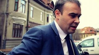 BNR șterge pe jos cu Darius Vâlcov