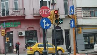 Valentine's Day pe bulevardul Tomis! Semafoarele s-au îndrăgostit!