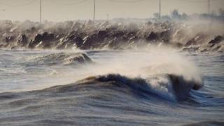 Meteo: Frig și vânt puternic pe Litoral