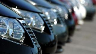 """Piața auto """"accelerează"""" cu peste 11%"""