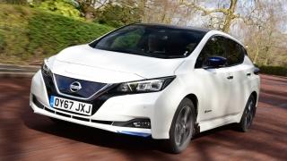 """Vânzările de mașini """"verzi"""" accelerează cu 62%"""