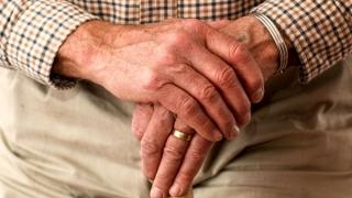 Vârsta de pensionare, plafonată la 64 de ani! Vezi unde