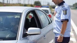 1.000 de vehicule depistate transportând persoane neautorizat, imobilizate