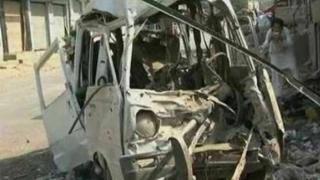 Explozia unui vehicul-capcană în apropierea ambasadei Italiei în Libia