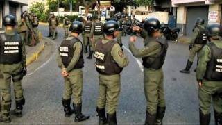 Militarii venezueleni fac victime la frontiera cu Brazilia