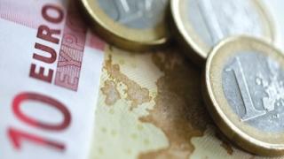 Italia introduce venitul minim garantat