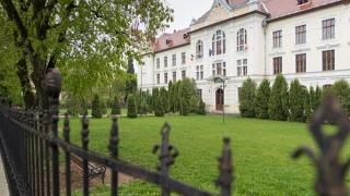 Verde pentru înființarea Liceului Romano-Catolic maghiar din Târgu Mureș