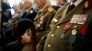 Veteranii de război care nu au putut fi împroprietăriți cu terenuri vor fi despăgubiți financiar