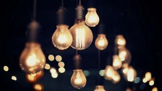 Cine nu are lumină vineri