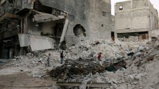 Loviturile aeriene continuă să facă victime la Alep