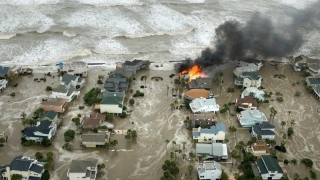 Vine sfârşitul lumii? Fenomen extrem de rar: 4 uragane în acelaşi timp!