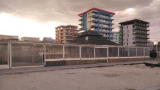 Cartierul închiriat! Tomis Nord, asaltat de studenţi în extrasezon