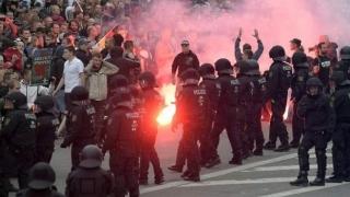 Violențe în Germania! Mai multe persoane, rănite în timpul unor demonstrații