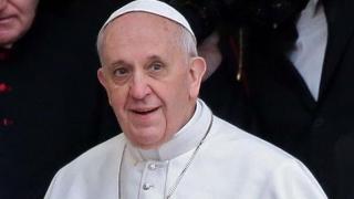 Papa Francisc se va deplasa cu un papamobil Dacia în timpul vizitei