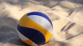 Festivalul de handbal și volei pe plajă