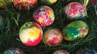 Atenție, în această perioadă! Mai mulți aditivi în vopseaua pentru ouă!