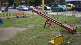 În sfârșit! Vor fi amenajate noi locuri de joacă în Constanța!