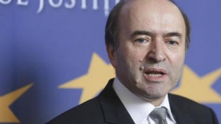 Votul asupra moţiunii simple împotriva ministrului Justiţiei, amânat din nou